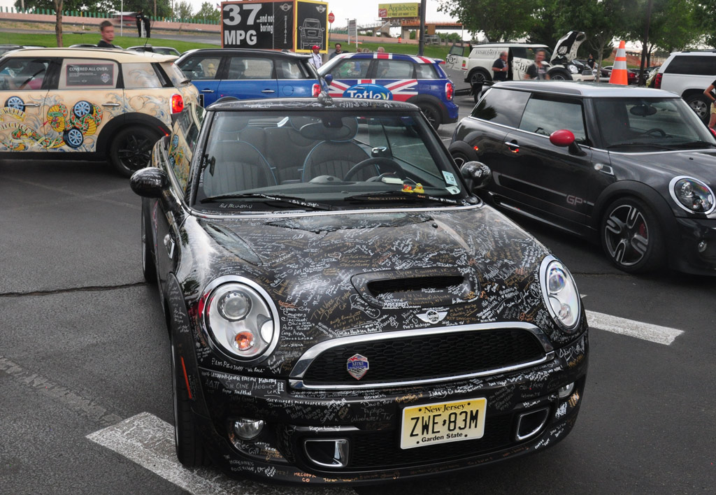 [Bild: mini_cabrio_r57_highgate_mini_takes_the_states_2012.jpg]